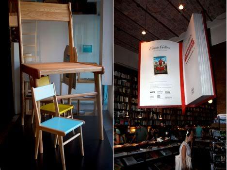 Silla y libro en gran escala para Circuito Gulliver