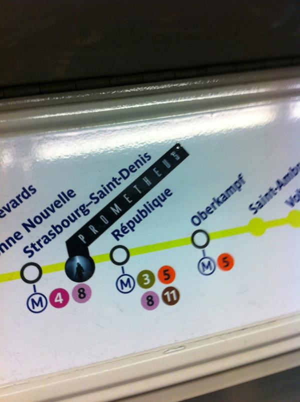 Cartel de Subte que indica la estación fantasma: Prometheus