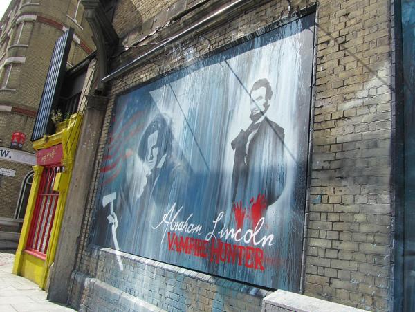Mural Callejero para promocionar Abraham Lincoln: Vampire Hunter