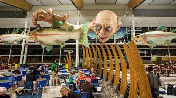 Estatua gigante de Gollum
